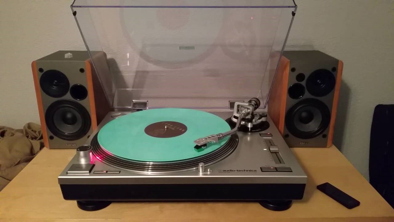 A Simple Guide to Buying the Best Equipment for Your Record Collection